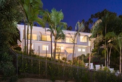 The Casa Blanca - Hollywood Hills